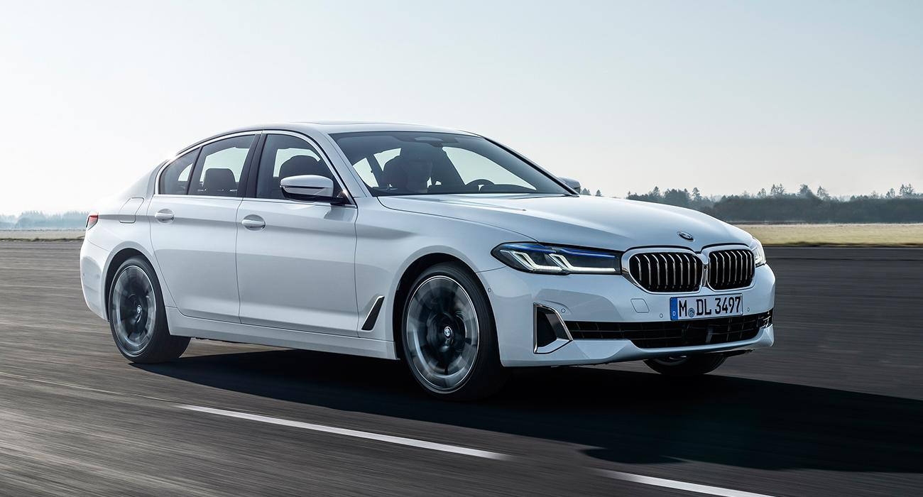 BMW 5 SERİSİNE VE BMW 6 GRAN TURISMO'YA İLK BAKIŞ