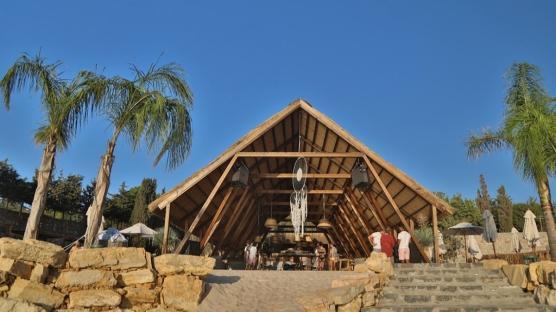 Çeşme'nin Kült Mekanı: Momo Beach