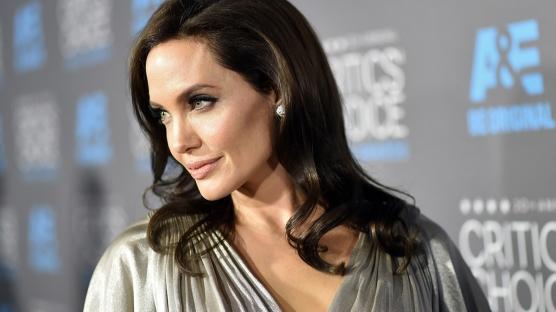 Angelina Jolie Bağışta Bulundu