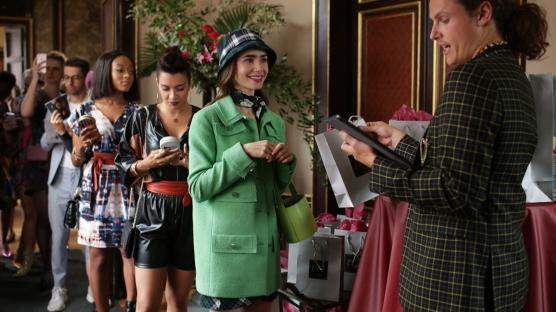 """""""Emily in Paris""""in 2.Sezonu Gelecek mi?"""
