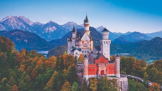 Avrupa'nın En Muhteşem Kale ve Şatoları