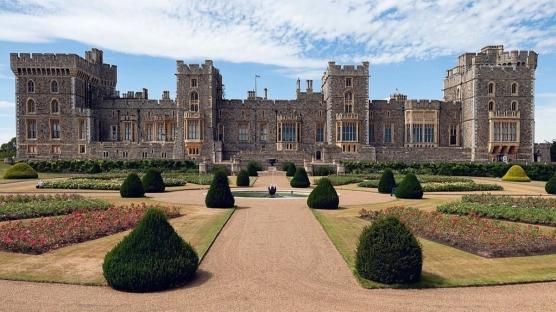 """İngiliz Kraliyeti'ne Yakın Bakış: """"Duchess Podcast""""i"""