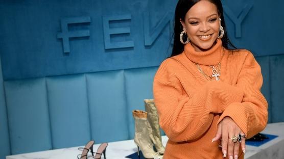 Rihanna'nın Markası Fenty Geçici Olarak Kapanıyor