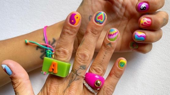 'Nail Art' Önerileri: Yaz Efekti
