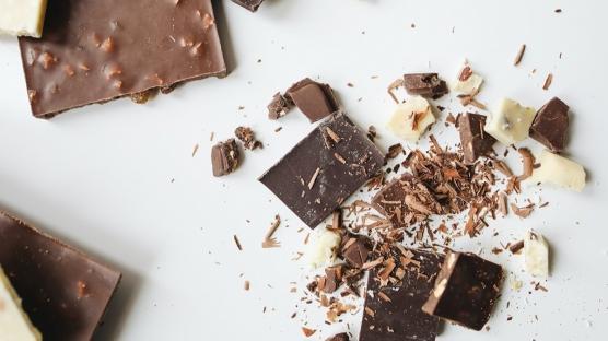 Ev Yapımı Pratik Çikolata Tarifleri