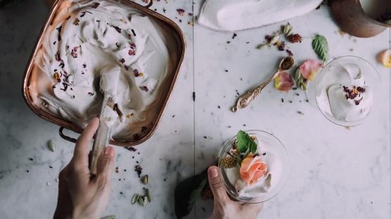 Yoğurtla Hazırlanan Sağlıklı Dondurma Tarifleri