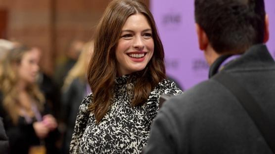 """Anne Hathaway'den Yeni Film: """"She Came To Me"""""""