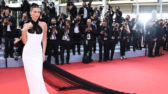 74. Cannes Film Festivali'nin Öne Çıkan Kırmızı Halı Görünümleri