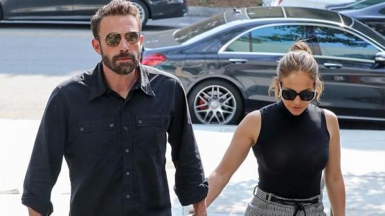 Ben Affleck Jennifer Lopez'e Nişan Yüzüğü mü Aldı?