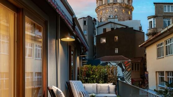 Galata'nın Tarihi Durağı: Ecole St. Pierre Hotel