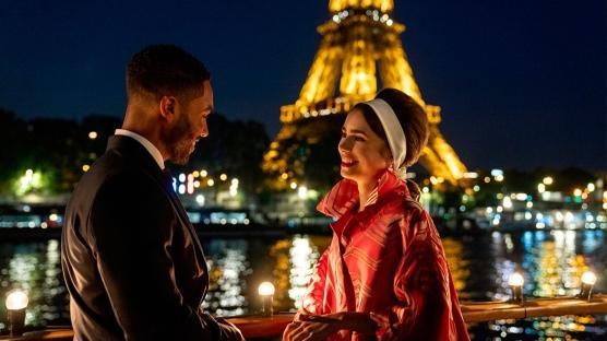 """""""Emily in Paris"""" 2. Sezonuyla Geri Dönüyor"""