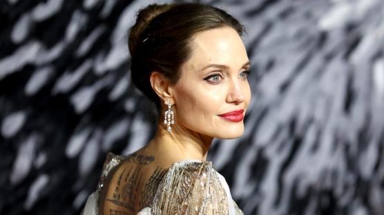 Angeline Jolie ve The Weeknd Birlikte mi?