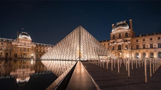Londra ve Paris'te Sanat Dünyasında Neler Oluyor?